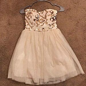 Windsor Dresses - Strapless homecoming dress